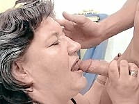 Two mature babes having their fat fannies licked