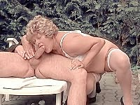 Mature blonde spreading her plump things for an outdoor pussy shave